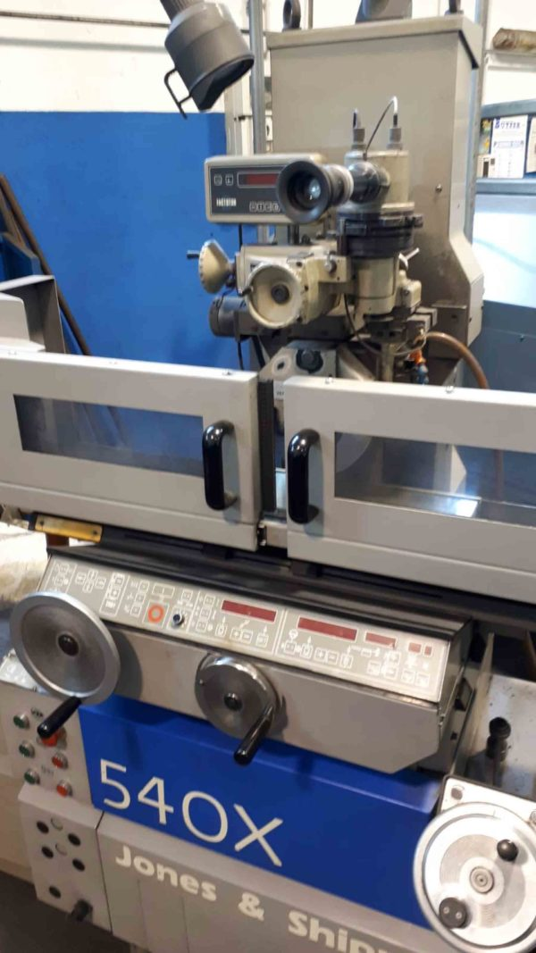 Normal and semi-automatic grinding machines